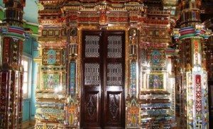 Kanch-Mandir-indorehd-700x357-Copy-300x182